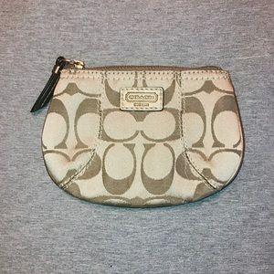 Coach. Coin purse.